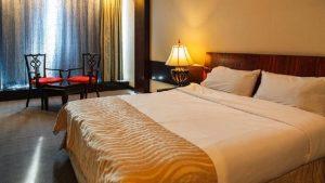 مشخصات هتل بزرگ چمران شیراز