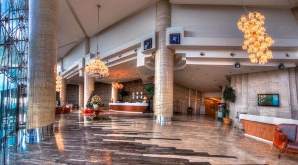 مشخصات هتل بزرگ شیراز