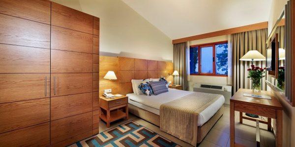 هتل پاین بی هالیدی ریزورت کوش آداسی
