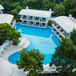 هتل تایتانیک بیچ لارا آنتالیا