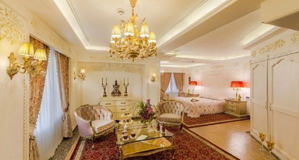 هل قصر طلایی مشهد